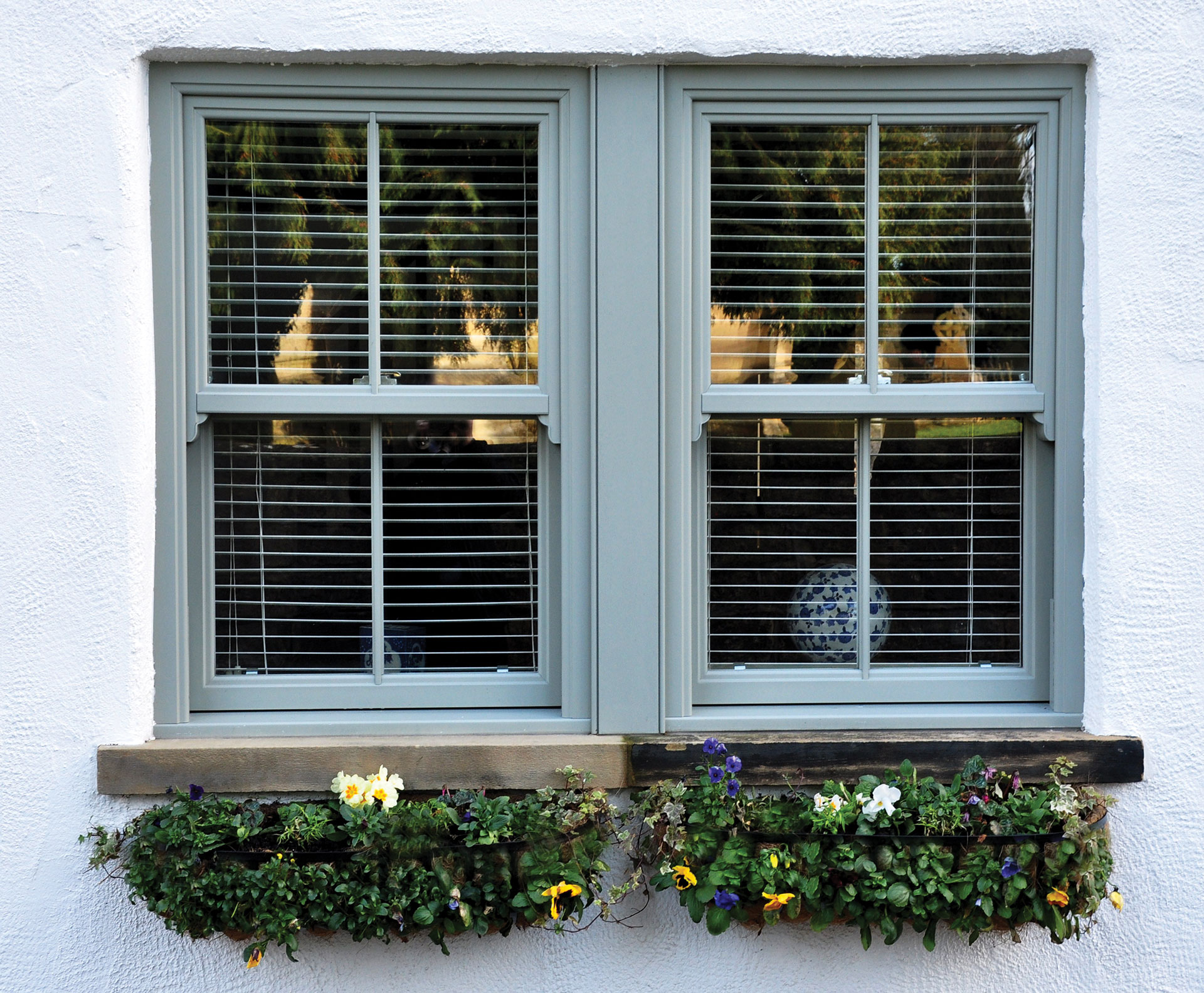what are replacement sash windows london